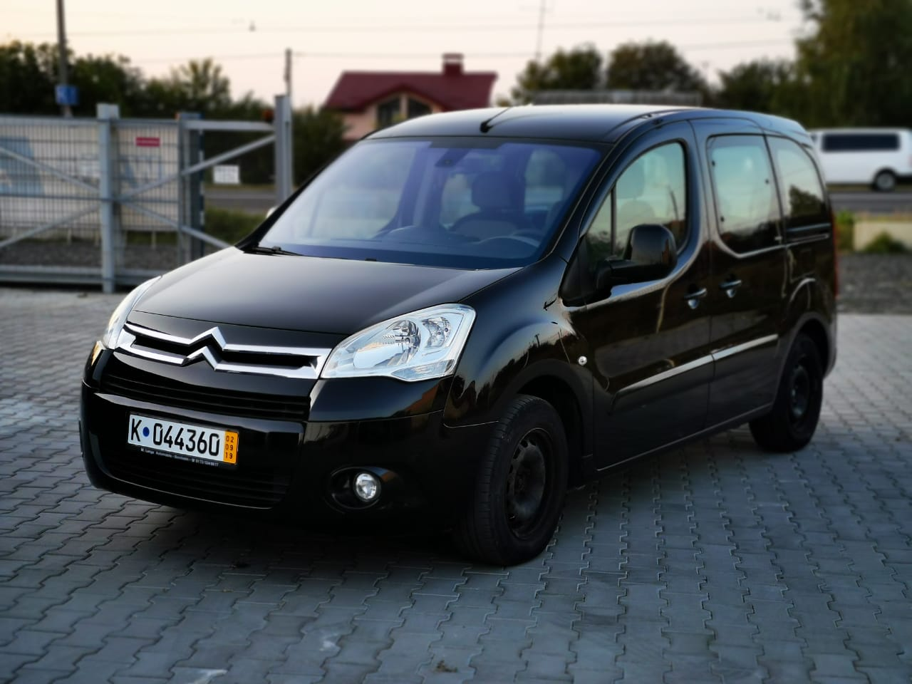 Пригон Citroen Berlingo black-16